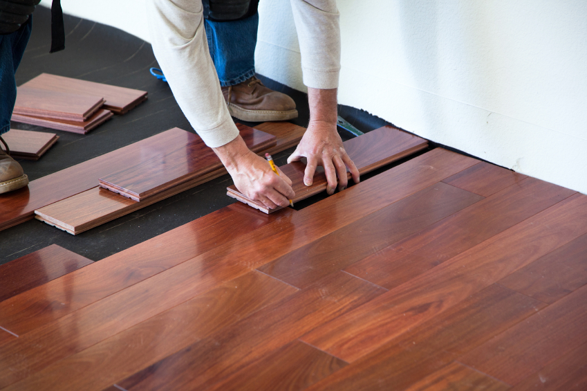 hardwood vs laminated floors